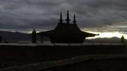 Kloster am Fuß des heiligen Bergs, des Mount Kailash