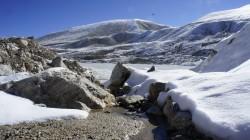 Nach den Schlechtwettertagen schmilzt der Schnee nur langsam.